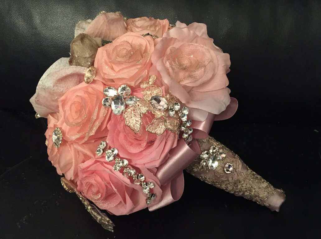 Beautiful Quinceañera Bouquet With Expensive Crystals And Decoration