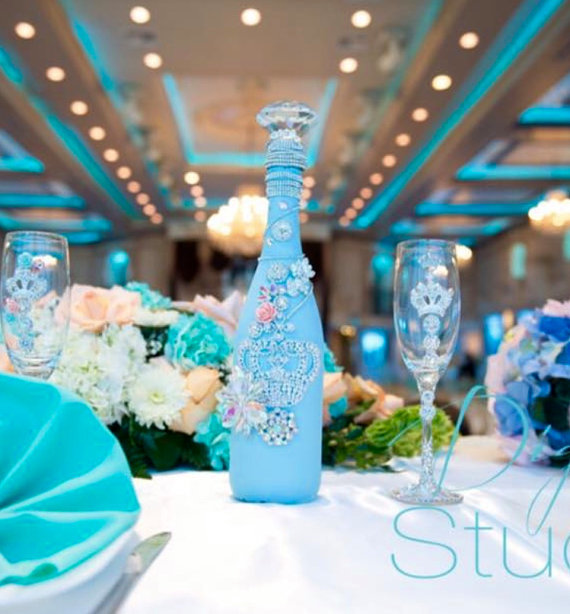 Quinceañera Champagne Bottle and Glass Set